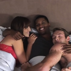 White Couple Seeking Black Men for Threesome Sex Dating